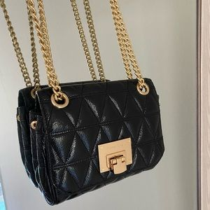 MICHAEL KORS quilted chain purse